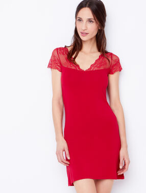 Nightdress red.