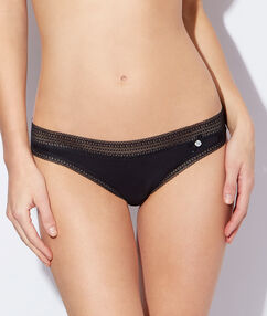 Lace and micro knickers black.