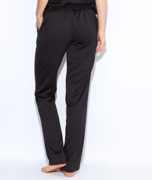 Flowing pyjama pants