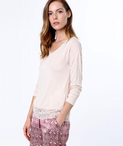 Lace t-shirt pink.