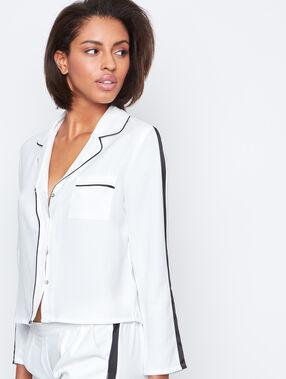 Pyjama shirt white.