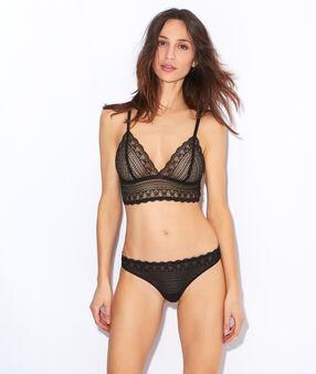 Wireless lace triangle bra black.
