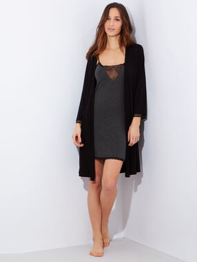 Viscose and lace negligee black.