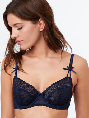 Lace demi cup blue.