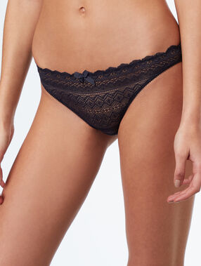 Lace knicker grey.