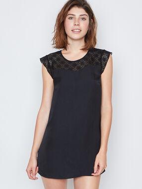 Nachthemden schwarz.