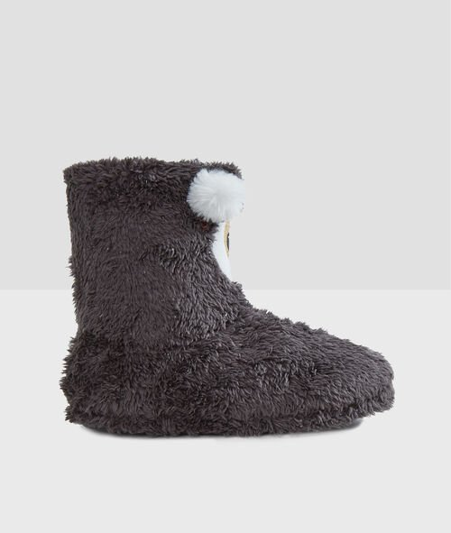 Boots slippers bear