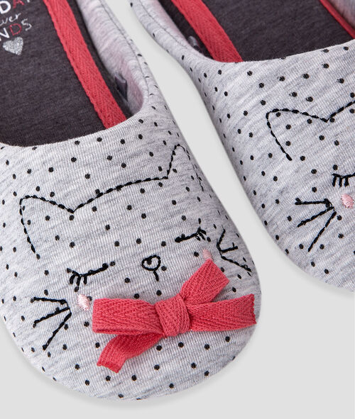 Cat slippers with little bow detail