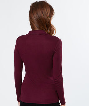 Long sleeves top burgundy.