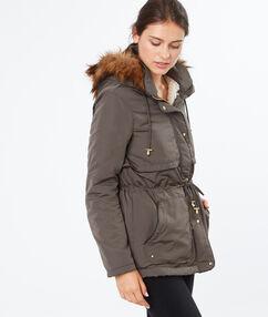 3/4 coat khaki.