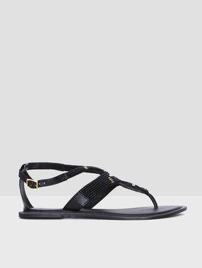 Shoes black.