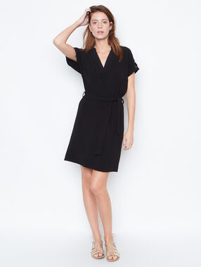 Belted dress schwarz.
