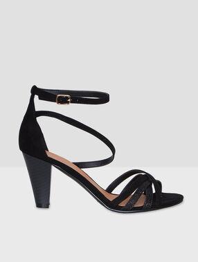 High heels sandals black.