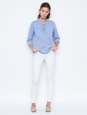Long sleeves shirt blue.