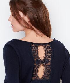 Sweater marineblau.