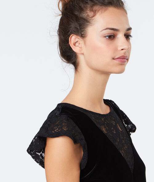 Velvet top with lace