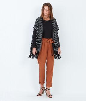 Short sleeve knitted vest black.