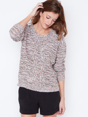 Knit sweater pink.