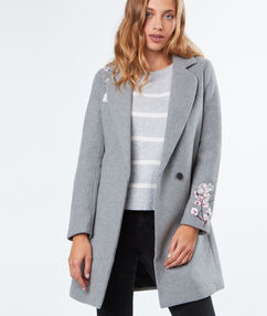Coat with flowers embroideries light grey.