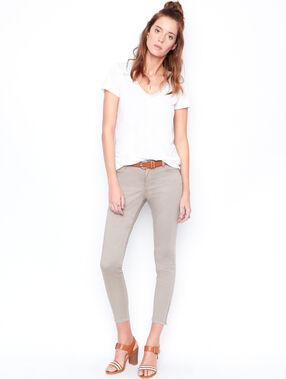 Cropped pants mole.