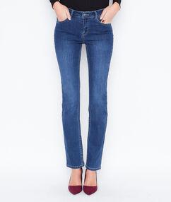 Jeans dunkelblau.