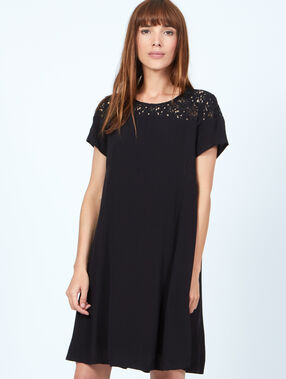 Embroided dress black.