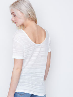 Short sleeves t-shirt white.