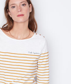 Striped 3/4 sleeve top yellow.