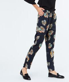 Loose pants with tropical prints navy.