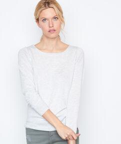 Long sleeves sweater grey.