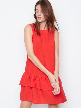 Sleeveless dress red.