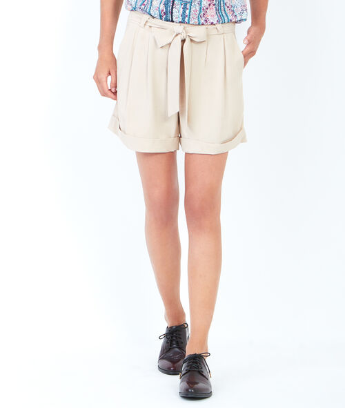 Fluid shorts with belt