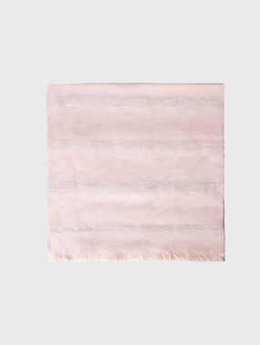 Scarf pink powder.