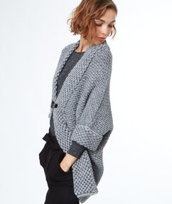 Strickjacke grau.