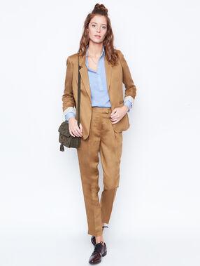 Linen carrot pants brown.