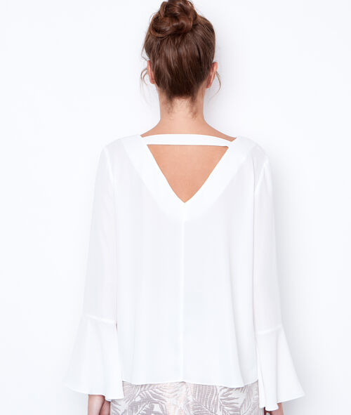 V-neck long sleeve blouse