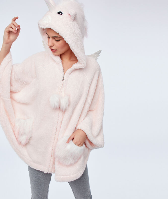 Faux fur hooded poncho pink.
