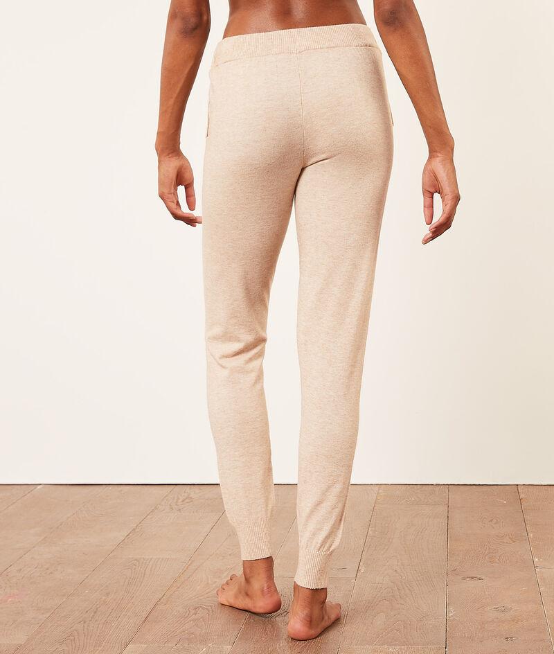 Jogging trousers ;${refinementColor}