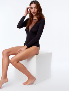 Long sleeved bodysuit with transparent collar black.