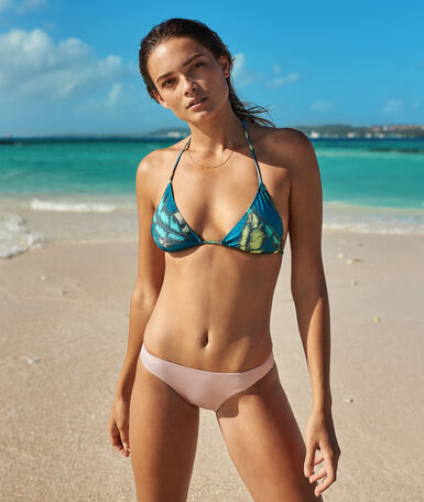 Simple bikini bottoms rose.