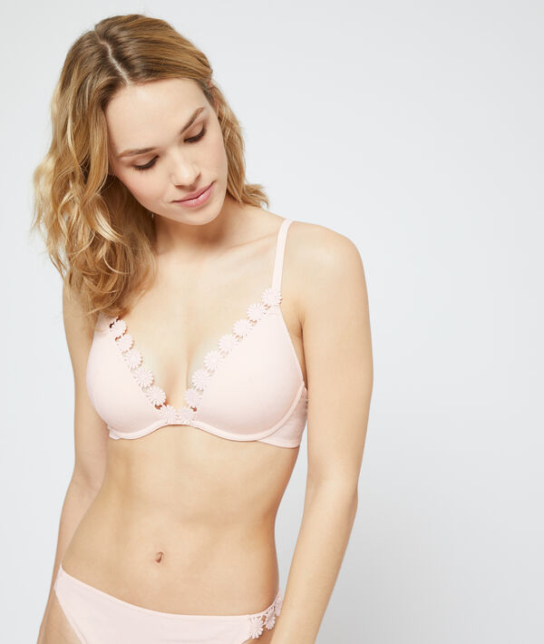 Push-up bra;${refinementColor}