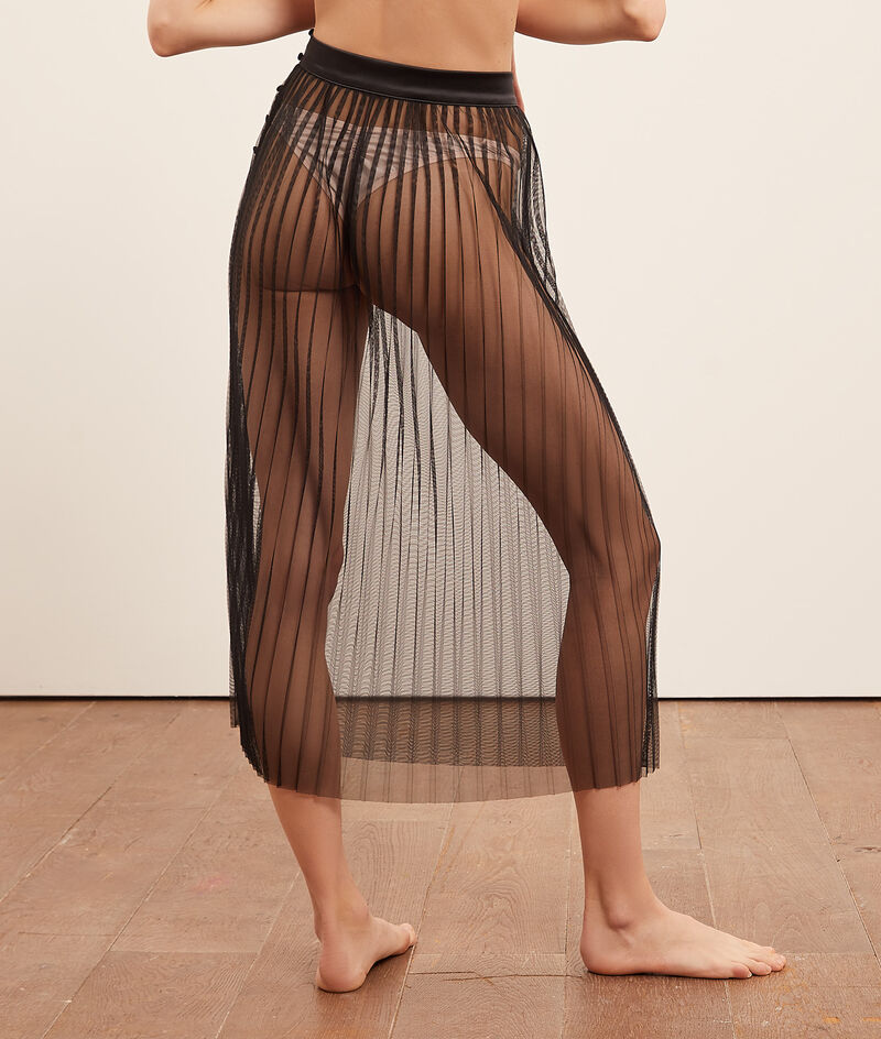 Sheer Pleated Petticoat;${refinementColor}