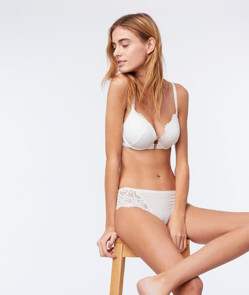 Bra n°5 - classic padded lace bra, strappy back
