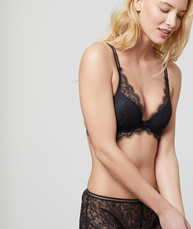 Bra no.6 - natural lace triangle black.