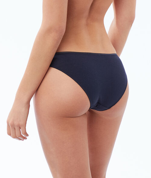 Plain cotton briefs