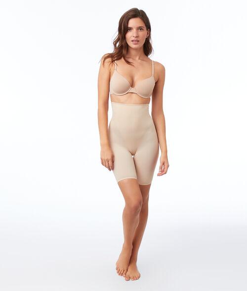Shapewear shorts - level 3 : reshaped silhouette