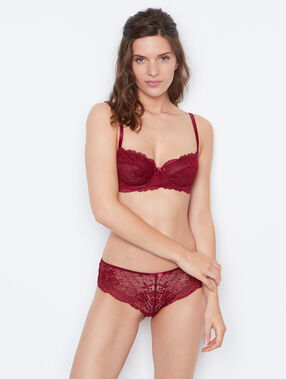 Lace shorts burgundy.