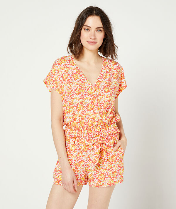 Shorts in a floral print;${refinementColor}