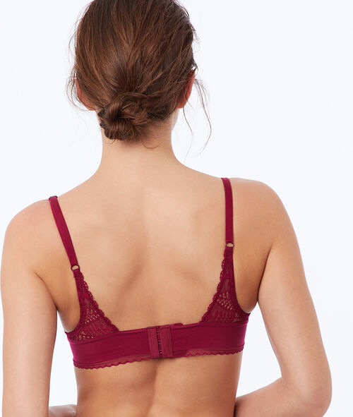 Bra no. 3 - lace triangle push-up bra, neckline details