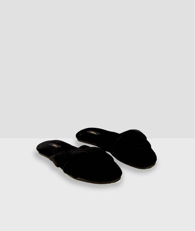 Cotton flip-flop slippers black.